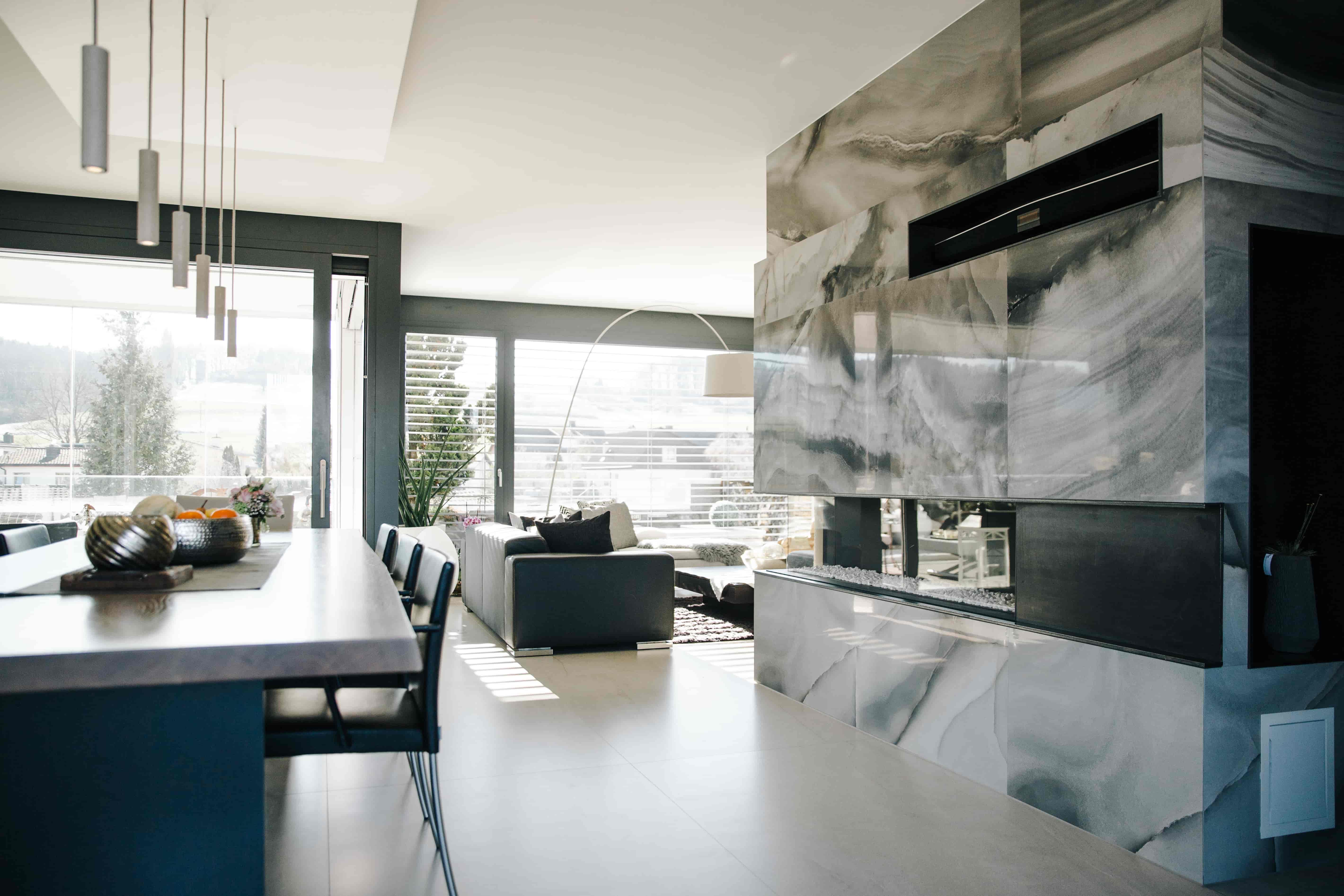 Wohnzimmer mit Keramik
